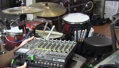 Немного о мониторах для барабанщиков и том, что делать, если на концерте их не оказалось