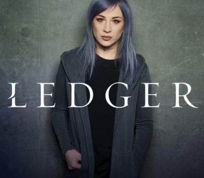 Барабанщица Skillet выпустила сольный альбом